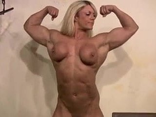 Sweet strong hot woman. All and sundry wanna be hung up on her!